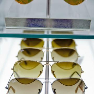 820e97eadea Sunglass Hut - International Area Gate 51